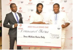 Airtel's Director, Brand & Advertising, EnitanDenloye flanked by co-founder of Tracology, AbiodunAdeyeye (left) and Founder of Tracology, Emmanuel Okena at the prize presentation to winners of the Aso Villa Demo Day initiative at Airtel Headquarters in Lagos.