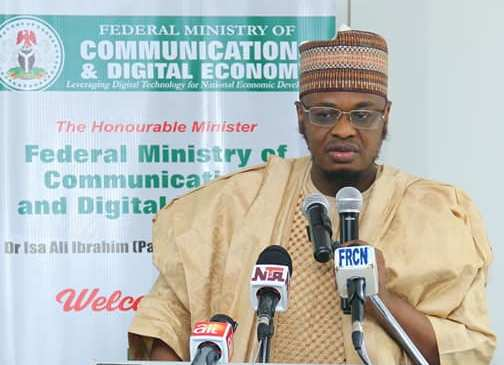 Nigerian government targets 70% broadband penetration with new 5-year National Broadband Plan